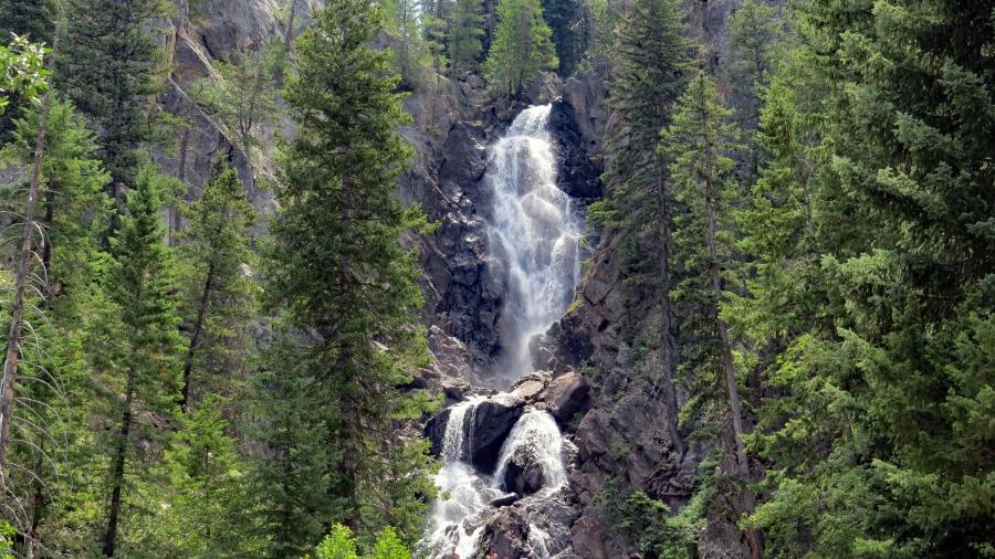 Rabbit Ears Pass & Fish Creek Falls