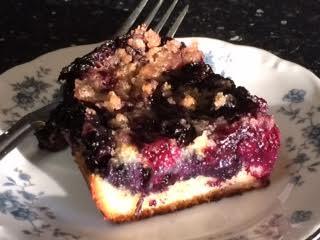 blueberry buckle slice